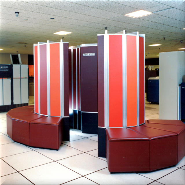 Incroyable Cray Supercomputer In Beautiful Burgundy Furniture Style
